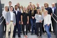 Beste Absolventinnen und Absolventen der htw saar beim Empfang des Präsidenten geehrt