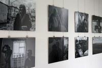 """Foto-Ausstellung """"Jenseits der Grenzen – Erkundungen bei den vergessenen Flüchtlingen des Süd-Kaukasus"""" im Haus des Wissens der htw saar"""