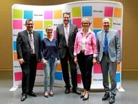 Anja Karliczek, Bundesministerin für Bildung und Forschung, besucht htw saar