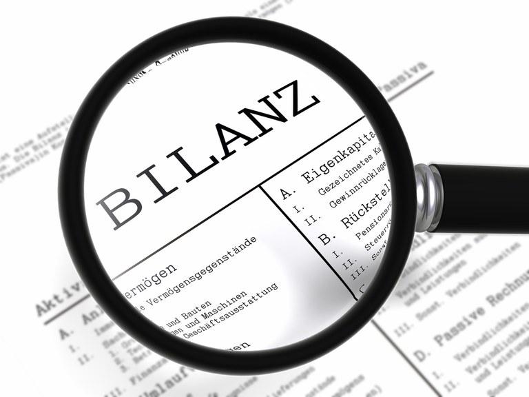 Rechnungs-, Prüfungs- und Finanzwesen